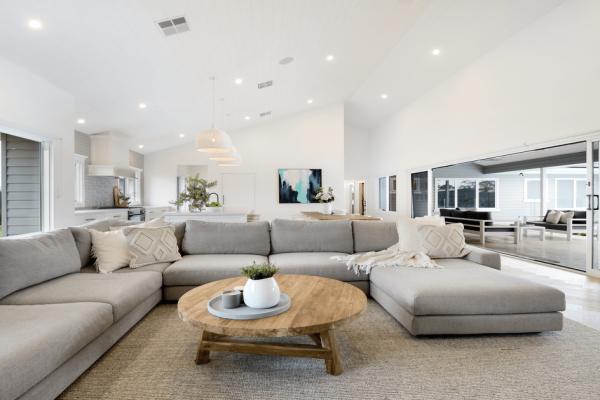 Premier-Traditional-Homes-Custom-Lounge